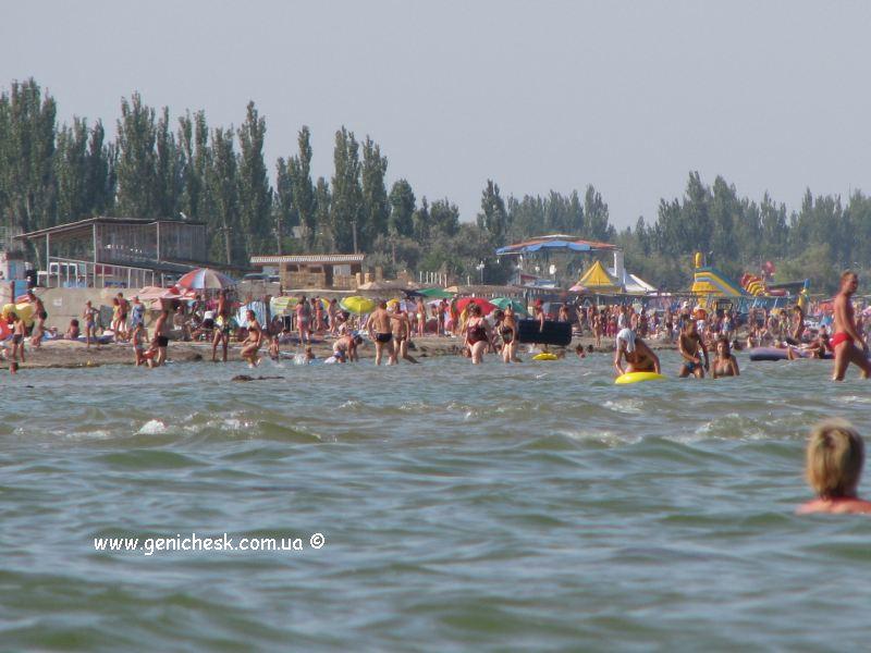 Пляж на Арабатской стрелке - отдых на Азовском море